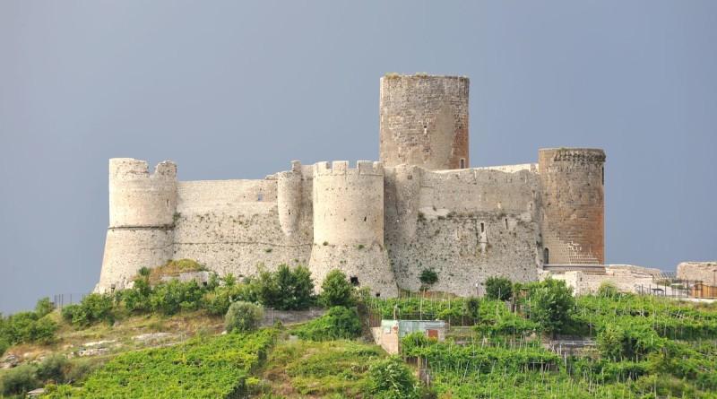 Castello-di-Lettere