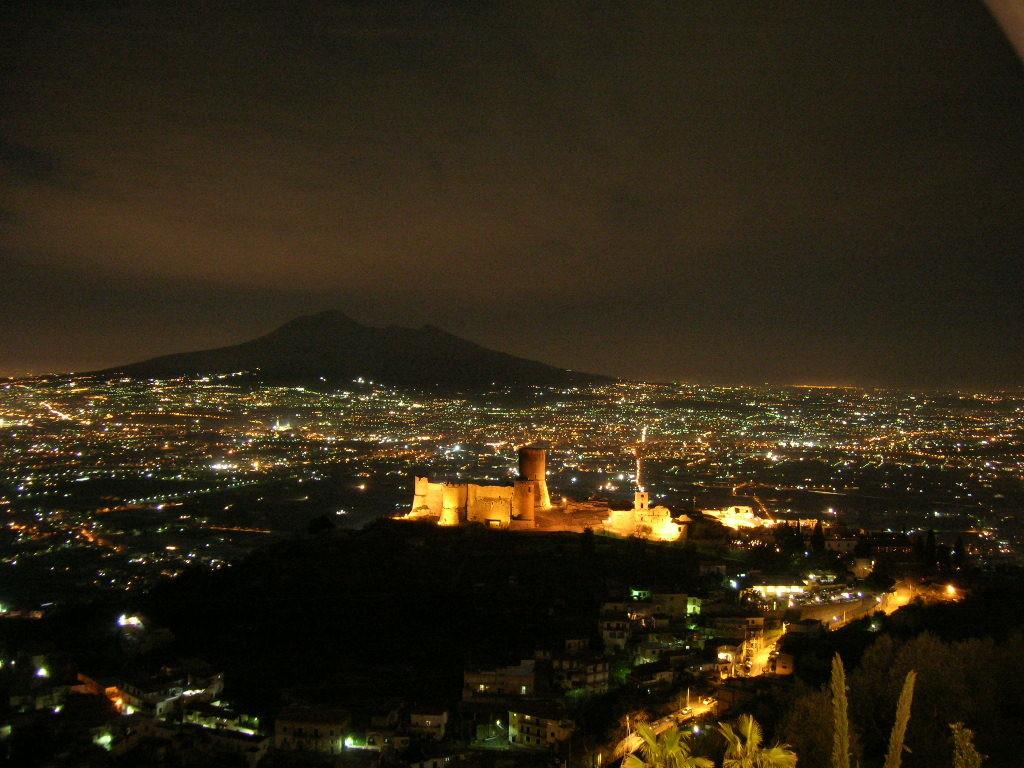 Vesuvio_da_Lettere