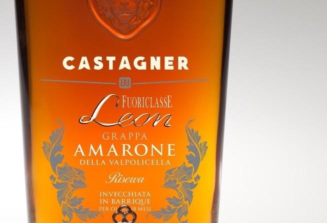 Foto bottiglia_ Etichetta d'Argento Packaging Grappa Castagner