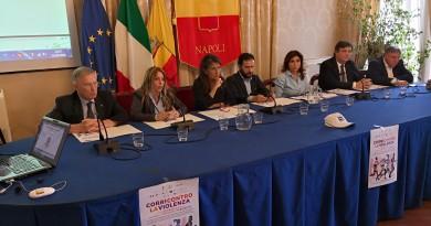"""Nella Sala Giunta del Comune di Napoli, presentata la maratona breve di """" CORRI CONTRO LA VIOLENZA """""""