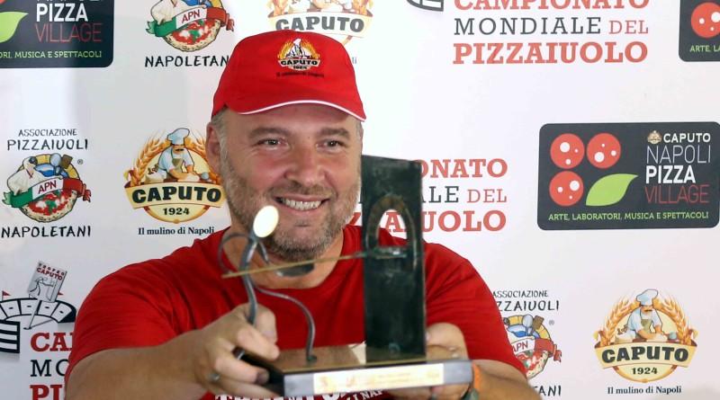 Napoli18 settembre 2019 Trofeo Caputo E' Ciro Magnetti Il campione del mondo dei pizzaioli nella specialità pizza napoletana. By Mulino Caputo / ph: Renna De Maddi